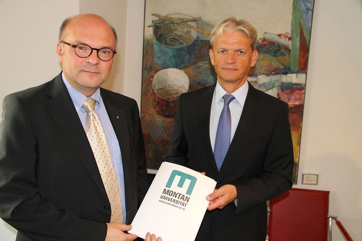 Univ. Prof. Robert Galler und DI Franz Bauer (Generaldirektor ÖBB Infrastruktur AG)